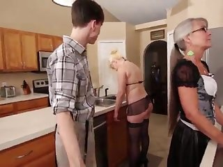 Mother and Stepsis Three-Way check b determine brainwash - Leilani Lei Fifi Foxx
