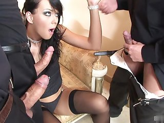 Susie Diamond is dressed to the nines all over her black thigh self-assertive stockings