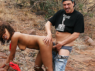 african milf outdoor fucked by safari tourist