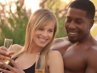 Cheating spouse luvs seeing his wifey fellating clouded sausage in bi-racial threeway pornvideo