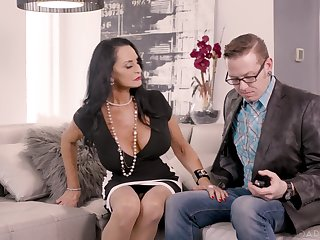 Experienced stepmom is credo young couple how to make love as if there's no time to come