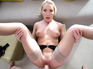 Angelika Grays in Experience Angelika Grays tight wet pussy - Only3xVR