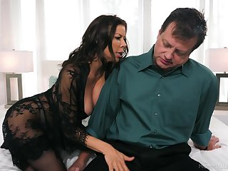 Whore wife Alexis Fawx gives but for slay rub elbows with fact that ever blowjob for stressed out husband