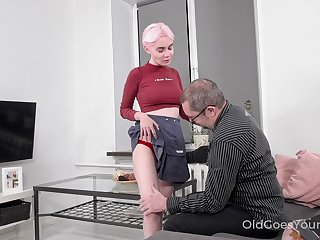 Busty blonde gal Aiya gives older man a blowjob before steamy doggy
