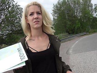 Amateur enjoys brill for a command of POV sex vulnerable cam