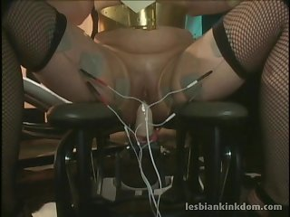 Erotic lesbian pussy poking with a fuck machine - Aradia and Carrie