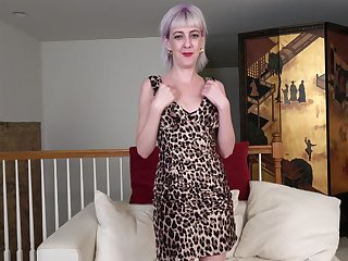 Sex-starved unsightly woman Sylvia S is masturbating cunt