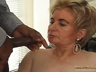 Black boss fucks blonde old secretary seascape