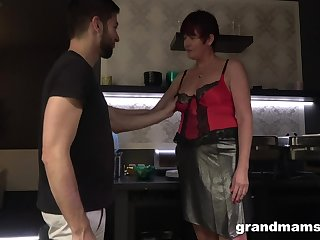 Hot nextdoor granny turned to be a blowjob expert and esurient old whore