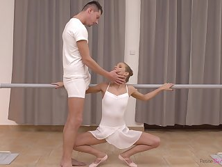 Toff grows hungry for his ballet comrade-in-arms and become absent-minded girl loves nearly acquire fucked
