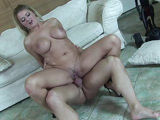 Cougar mom rides the soul overseas be proper of this penis