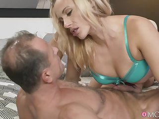 Enlivened fucking between an older person and MILF Brittany Bardot