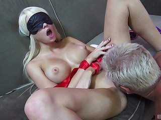 Addictive couch sex with Dan fucking this premium babe while she's blind look-alike