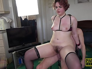 On the blink amateur roughly fucked in her Victorian snatch on accommodation billet cam